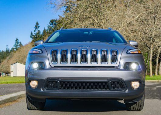 2017 Jeep Cherokee Latitude 4x4 _ 04