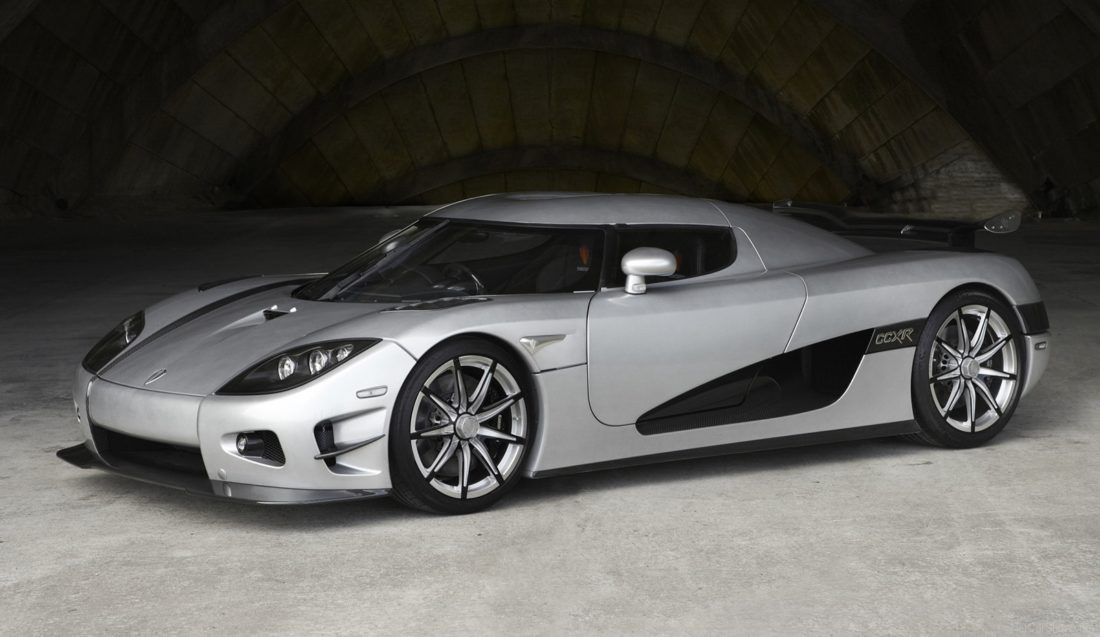 Koenigsegg-CCXR_Trevita-2010-1600-01